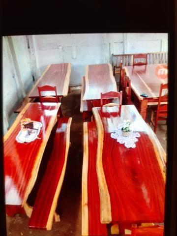 Mesas rústicas com bancos - Foto 4