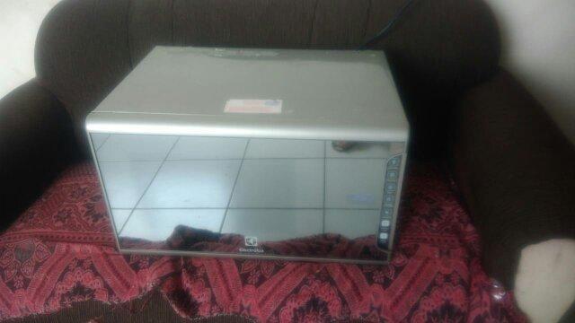 Microondas Electrolux, 31l, espelhado novo, com nota fiscal e garantia