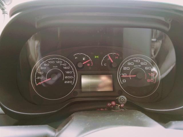 Fiat Punto Essence 1.6 (Flex) 2012 - Completo - Foto 7