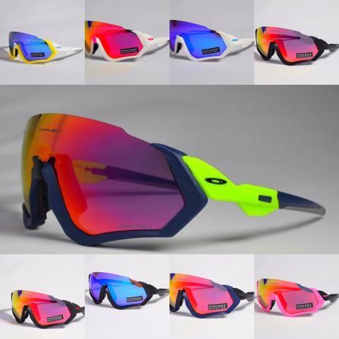 Óculos oakley com 3 ou 5 lentes dependendo do modelo - Ciclismo ... 50fe229dd9