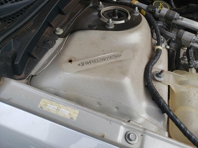 Fusion V6 39.000 km NOVO RARIDADE - Foto 14