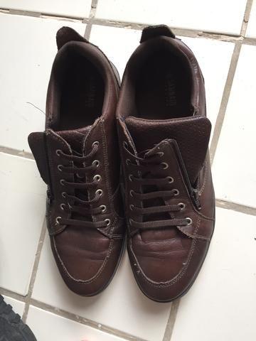 e18a8d6a3 Sapatênis Couro Colcci Masculino 41/42 - Roupas e calçados - Tenoné ...