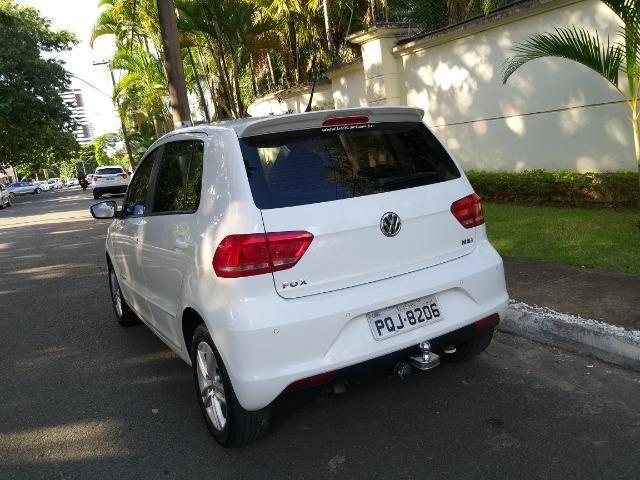 VW Fox Comfortline 1.6 Branco Impecável! - Foto 7