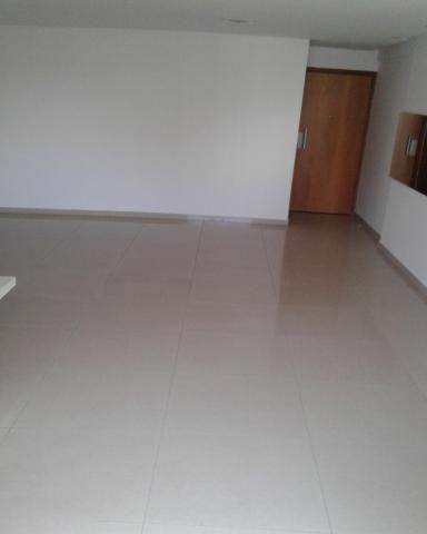 Apartamento com 4 quartos com 4 suítes - vista livre e sol da manha - Foto 18