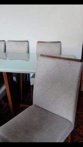 Mesa e cadeiras SUPER LUXO.