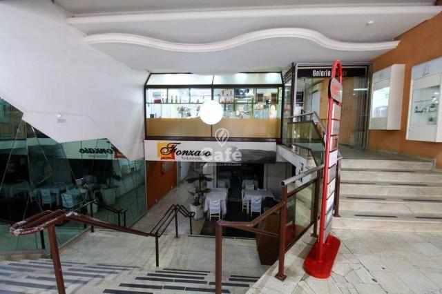 Sala comercial em uma ótima localização .