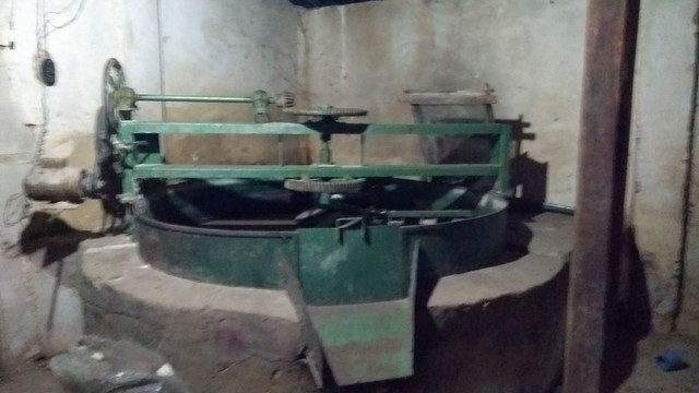 Forno e prensa para casa de farinha