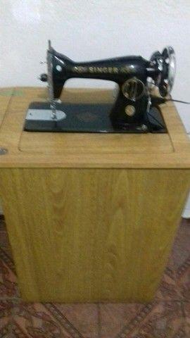 Máquina de Costura Singer Antiga  - Foto 2