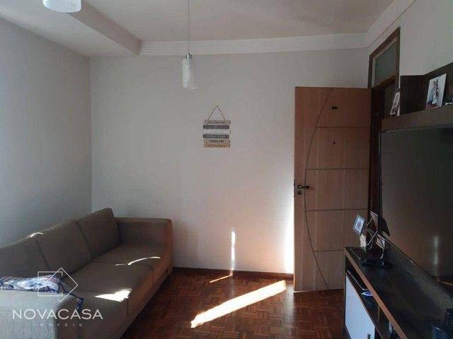 Apartamento com 3 dormitórios à venda, 65 m² por R$ 185.000,00 - São João Batista (Venda N