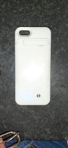 Capinha carregadora iphone 5s, perfeita, branca