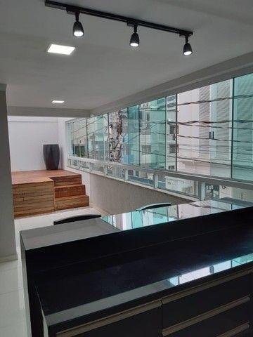 Apto Diferenciado com terraço e Piscina Com 3 Quartos Mobiliado em  Itapema Cód. V1647 - Foto 9