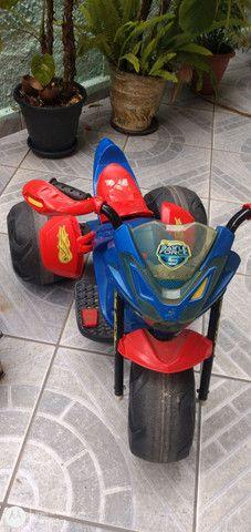 Moto elétrica Hot Wheels