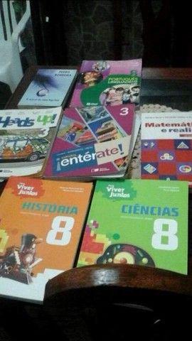 Livros escolares 7 8 9 ano
