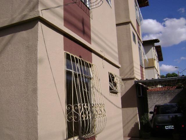 Aluga se apartamento no Bairro Itatiaia conhecido como Serrano