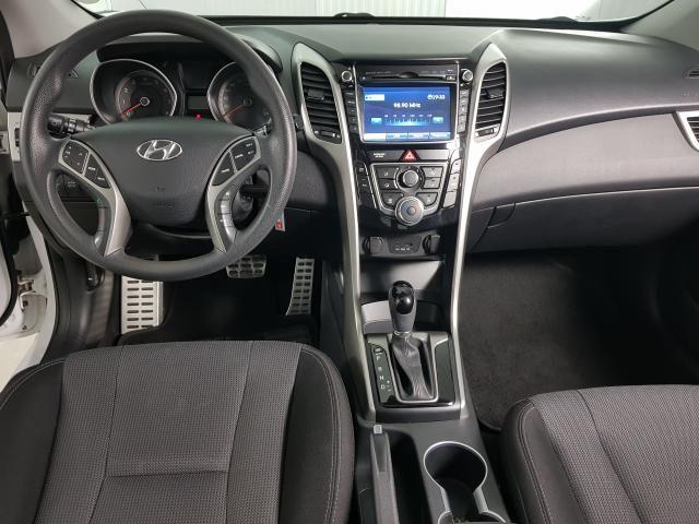 Hyundai i30 Serie Limitada 1.8 16V Aut. 5p - Branco - 2015 - Foto 6