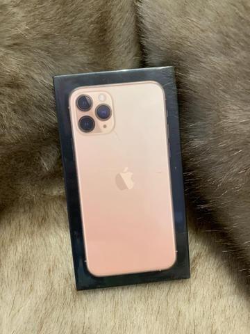 IPhone 11 pro 64 Gb dourado novo lacrado