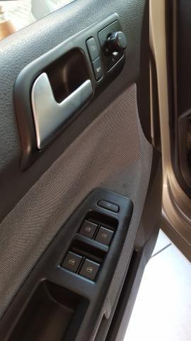 Polo hatch 1.6 2013 completo - Foto 6