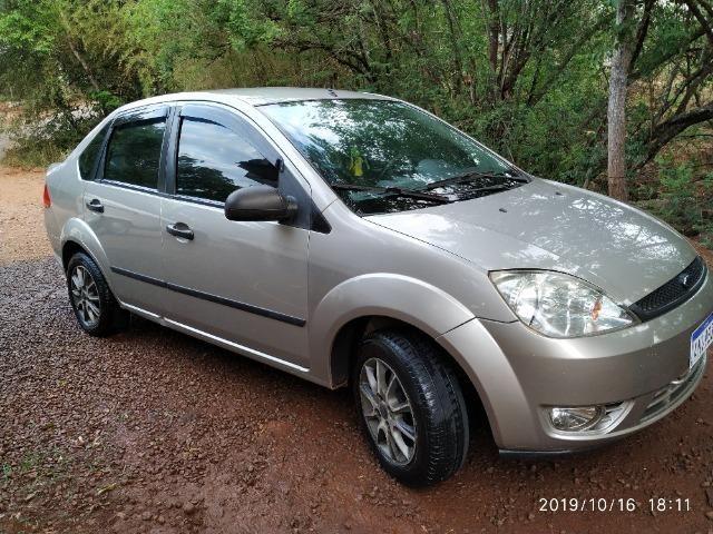 Fiesta sedan - Foto 8