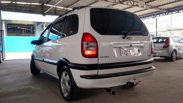 Chevrolet Zafira ZAFIRA 2.0 MPFI ELEGANCE 8V FLEX 4P MANUAL 4P - Foto 15