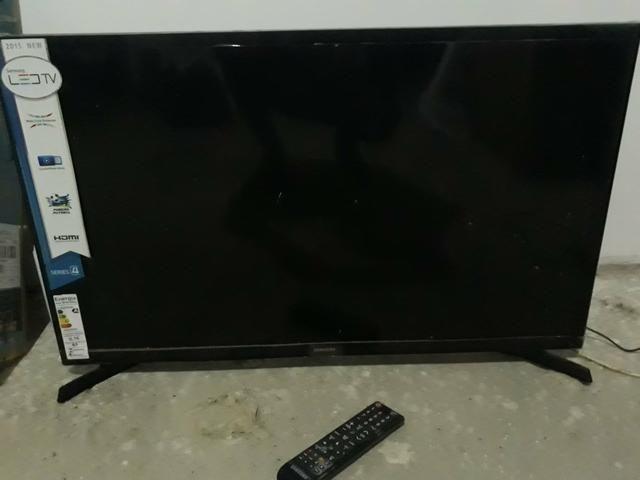 TV 32 polegadas para conserto - Foto 3