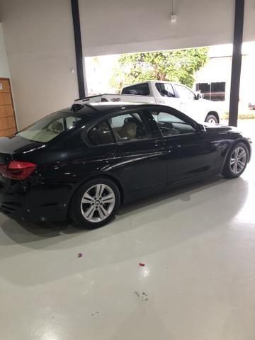 BMW 320i SPORT 2017 - Foto 2