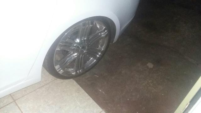 Vendo rodas aro 20.pneus 225/35.pneus todos novos - Foto 2