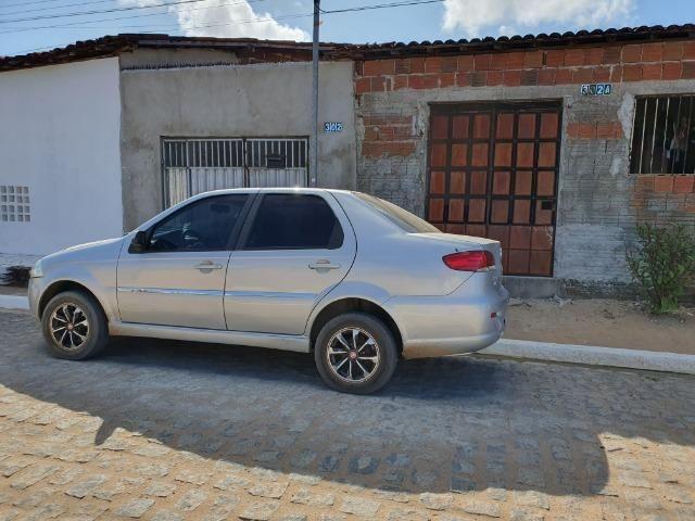 Adriano vendo um carro - Foto 3