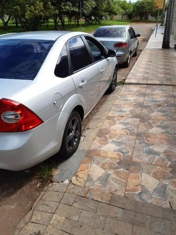 Ford Focus sedan 2010/10 - Foto 6