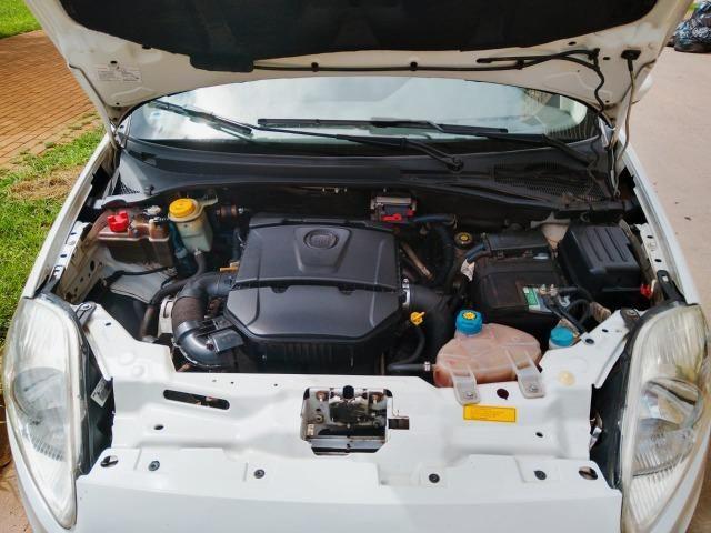Fiat Punto Essence 1.6 (Flex) 2012 - Completo - Foto 8
