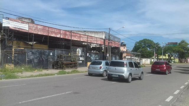 Galpão 800m²   Esquina   excelente localização em Olinda