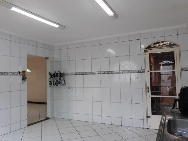 Excelente casa 2 quartos, garagem 3 carros, base para sobrado Riacho Fundo II - Foto 7