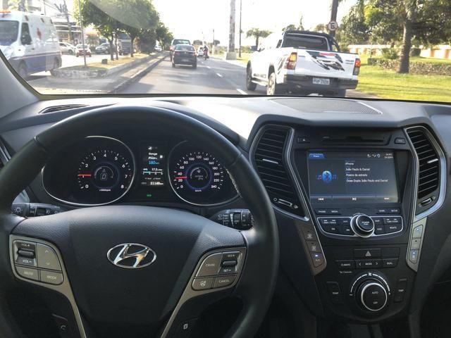 Hyundai Grand Santa Fé - Foto 10