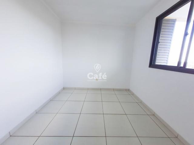 Apartamento 2 dormitórios com garagem e elevador. - Foto 9