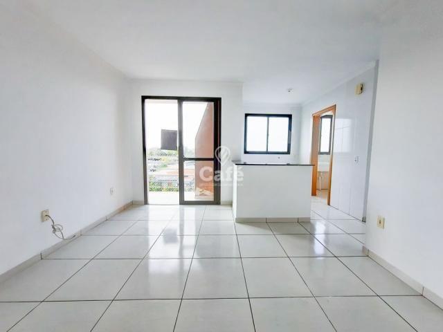 Apartamento 2 dormitórios com garagem e elevador. - Foto 4
