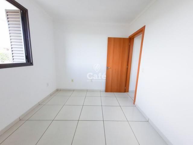Apartamento 2 dormitórios com garagem e elevador. - Foto 8