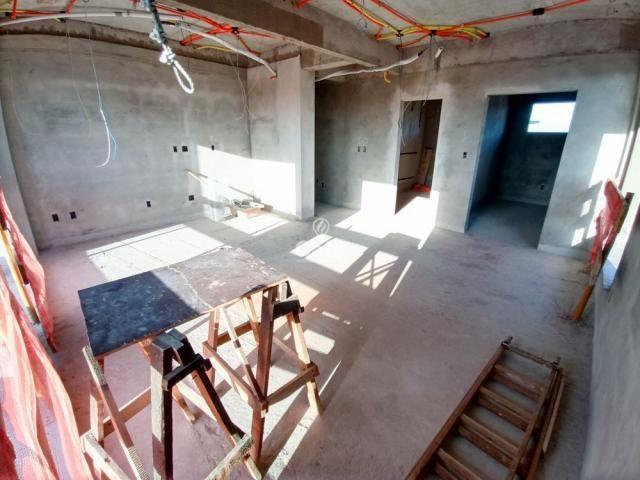 Residencial Fiorello amplo apartamento com 3 suíte, 3 garagens, alto padrão em Santa Maria - Foto 17