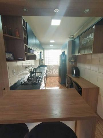 Apartamento 2 dormitórios 1 vaga de garagem coberta. - Foto 2