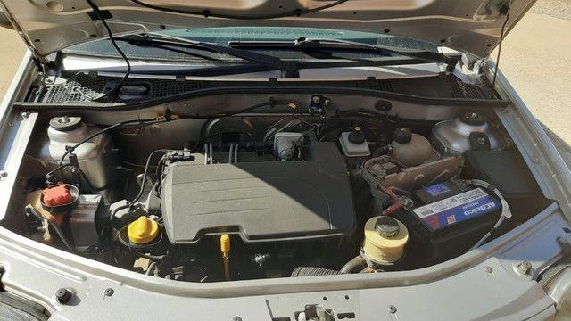 Carro logan 2010 , com chave reserva e manual - Foto 3