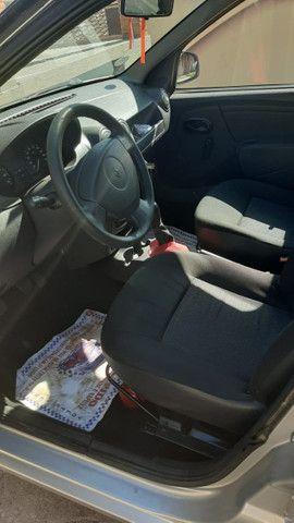 Carro logan 2010 , com chave reserva e manual - Foto 8