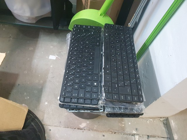 Teclados usados de notebooks 20 reais - Foto 2