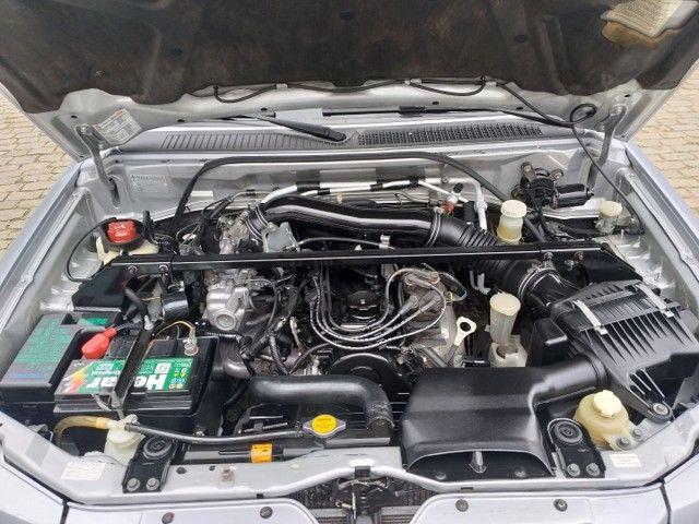 Mitsubishi Pajero TR4 2009 Câmbio manual e 4x4  - Foto 14