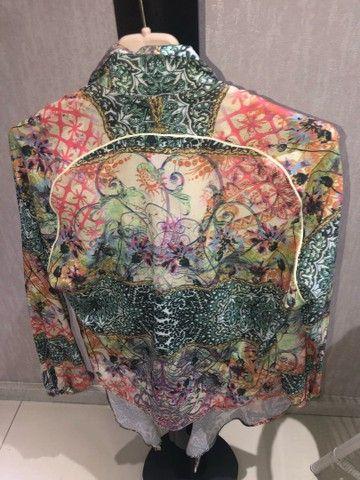 Blusa floral  - Foto 2