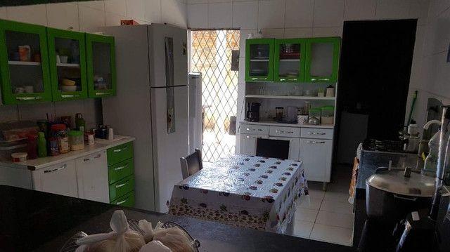 Excelente casa em zona comercial - Ideal para morar ou empreender.   - Foto 13