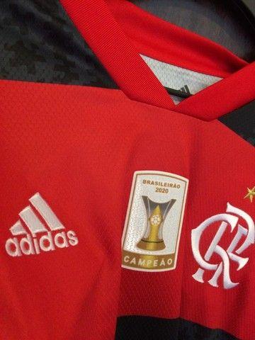 Camiseta Flamengo 20/21 - Patch Campeão Brasileiro  - Foto 5