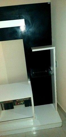 Estante porta de correr em espelho - Foto 2