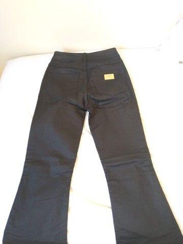 Tam 38- calça Colcci original- modelo Flare, nunca usada - Foto 2
