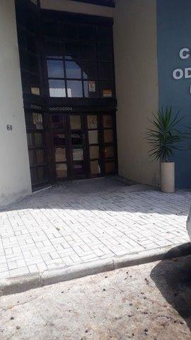 Aluga -se ponto comercial no Centro com estacionamento  - Foto 3