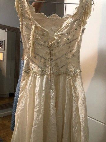 Vestido de debut / noiva bordado off white / perolado - Foto 3