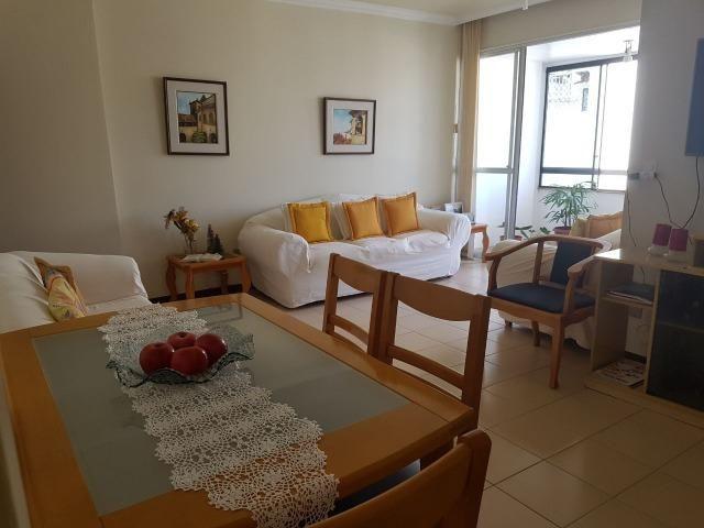 Apartamento para venda na Pituba com 2 quartos, revertido para 3quartos