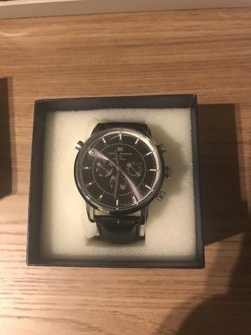 e1b40769e79 Vendo relógio Tommy Hilfiger modelo 1715